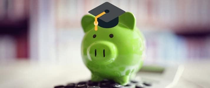 tirelire avec chapeau diplômé