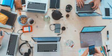 Quel ordinateur portable choisir pour un étudiant en 2021 ?