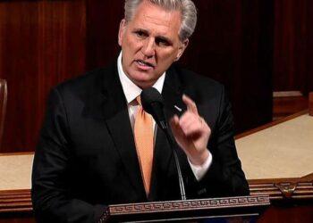 Le législateur du GOP a maudit et fulminé à huis clos à propos du nouveau mandat de masque de la maison