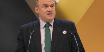 """Le leader de Lib Dem a déclaré que """"l'argent des combustibles fossiles sera banni de la ville de Londres"""""""